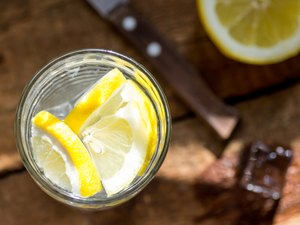 Lemon slices in water can affect blood sugar
