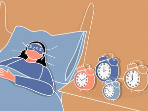 Illustration of a person in bed who has an inconsistent sleep schedule