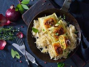 Vegetable ravioli with sauerkraut