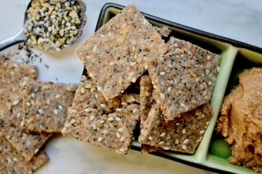 Whole Wheat Everything Crackers