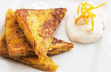 Gluten-free Cinnamon and Yogurt French Toast muscle building breakfast recipe.