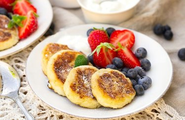 5-Ingredient Recipes Plant-Based Breakfast Cottage Cheese Protein Pancakes