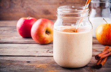 Healthy comfort food recipes Apple Crisp A La Mode Smoothie