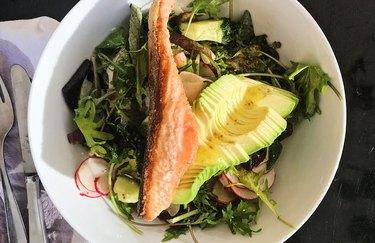 Arugula Salad with Salmon and Avocado