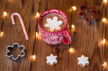 cozy holiday drinks