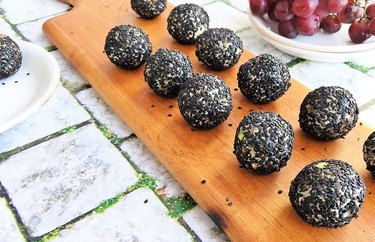 Savory Goat Cheese, Fig and Pistachio Protein Balls Quick Protein Balls Recipe