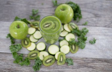 Kiwi, Zucchini and Apple Smoothie Dinner Recipes for Better Sleep
