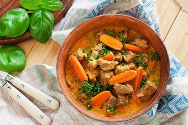 healthy crockpot recipe of beef stew