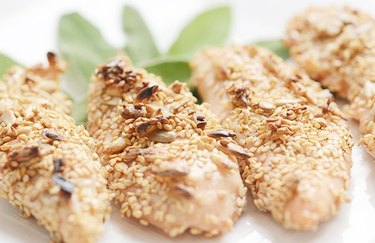 low calorie chicken recipes Sunflower Seed and Sage-Crusted Chicken Tenders
