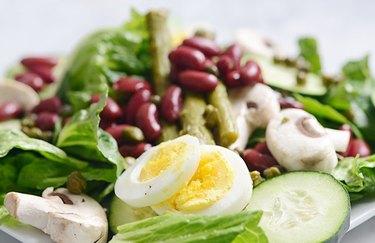 Simple vegetarian chef's salad