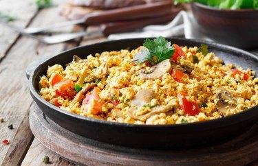 microwave breakfasts Microwave Egg & Veggie Breakfast Bowl