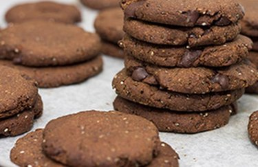 Chocolatey Chia Cookies eggless cookies without butter or flour