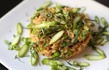 Risotto with Dried Mushrooms, Asparagus, Peas and Spring Onions recipe