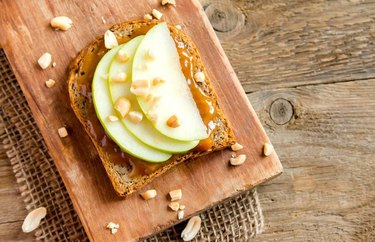 The Harvest Toast With Peanut Butter, Apples and Cranberries