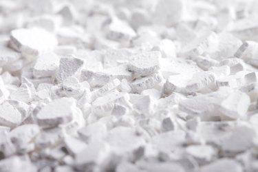 Calcium chloride substance.
