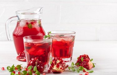 Pomegranate Iced Tea Low-Sugar Cold Drinks to Beat the Heat