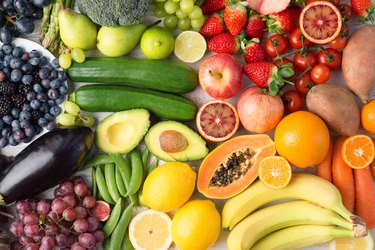 summer vegetables and fruits superfoods