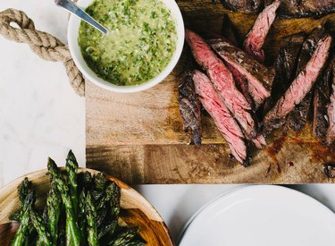 how to cook steak steak recipe thin steak with sauce