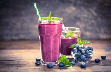 Blueberry Protein Power Smoothie blueberry breakfast recipes
