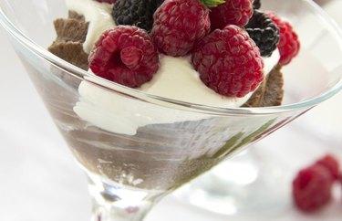 easy-to-follow chocolate frozen yogurt recipe