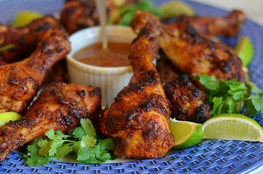 Crispy Tandoori Chicken Drumsticks with Mango Chutney Greek yogurt dinner recipes