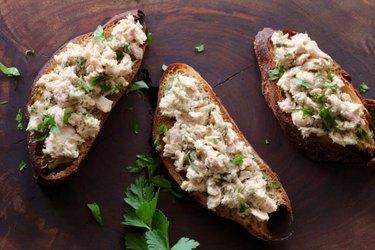 Tuna Piccata Toasts