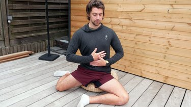 Move 5: Hip Box Internal and External Rotation