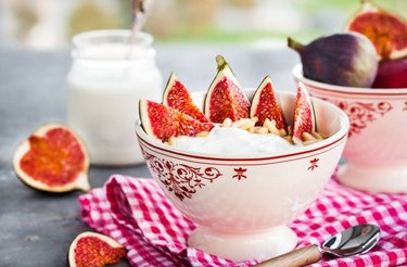 Breakfast with plain quark cheese and figs