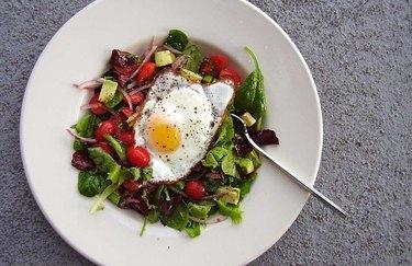 California Breakfast Salad 300 Calorie Breakfast Recipe
