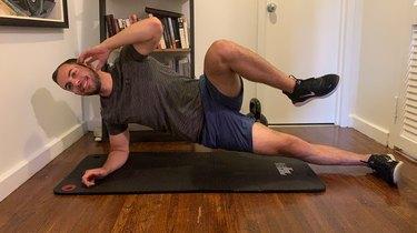 5. Side Plank Knee Crunch