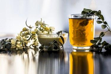 Moringa powder tea flowers