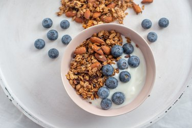 vegan yogurt plant based yogurt granola berries