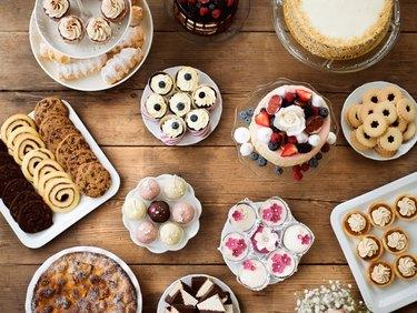 Dextrose foods like cakes, cookies, cupcakes, and tarts