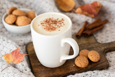 Pumpkin spice latte or cappucino and cookies