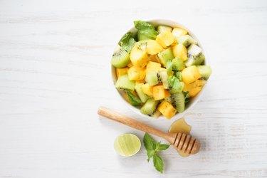 mango and kiwi fruit salad