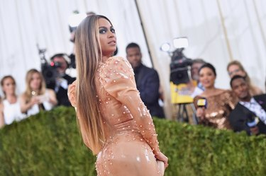 Beyonce at Manus x Machina: Fashion In An Age Of Technology Costume Institute Gala