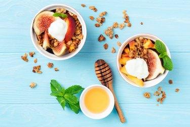 Granola with figs peach and greek yogurt