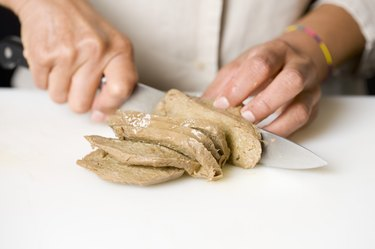 Cutting the Seitan into slices meat substitutes