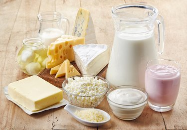Various dairy foods to avoid as a natural remedy for diarrhea