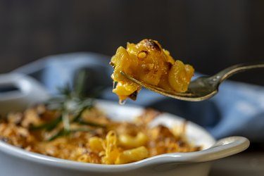 Clean Mac & Cheese Light 5-Ingredient Pasta Recipe