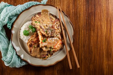 toChinese egg foo young omelette