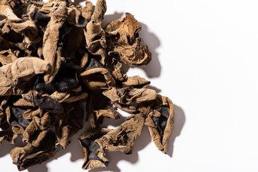 Dry wood ear mushrooms