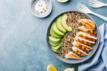 Bowl with quinoa, avocado and chicken