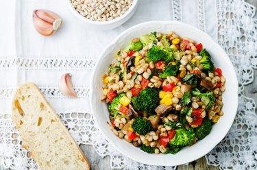 barley porridge with corn, broccoli, garlic, mushrooms and pepper