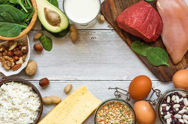 Natural products rich in vitamin B6 and protein