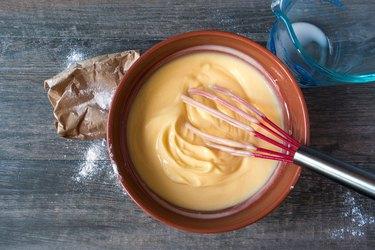 Mixing vanilla pudding