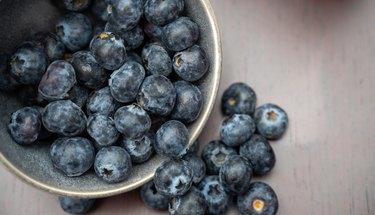 blueberry gastronomic presentation