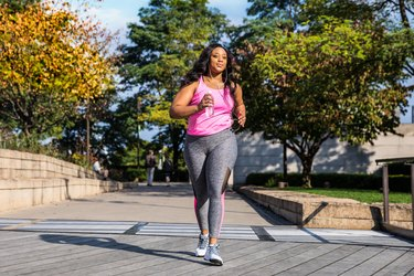 Outdoor fitness activities in the city - Chicago - USA