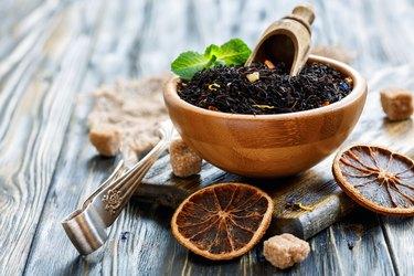 Black tea with bergamot and flower petals.