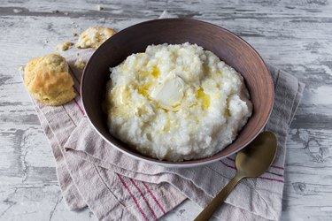 southern grits with hominy